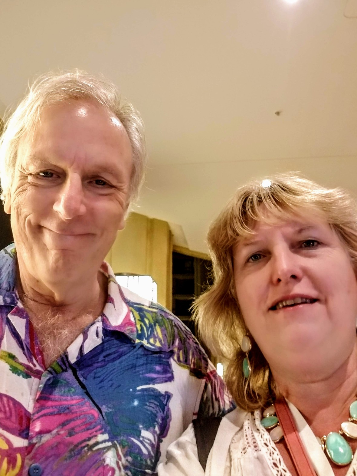 Alan Cohen and Maggie Holbik At the Soulapalooza conference in Honolulu, Hawaii, November, 2018